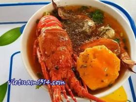 不到250元的海鮮美味越南龍蝦河粉!