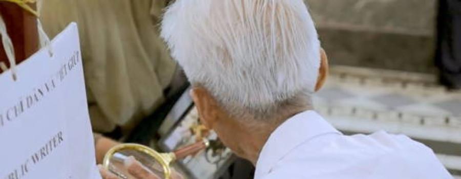 越南最後一位「寫信員」89歲還沒退休